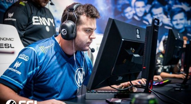 FugLy benched from Envy, claims he was kept in the dark